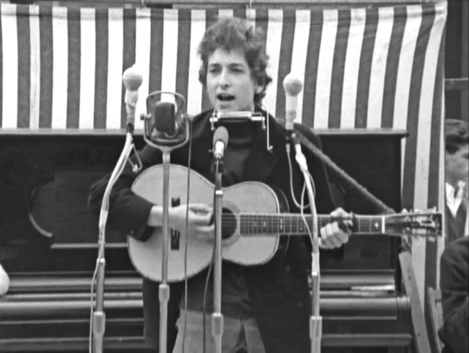 newport festival 1964 dylan on stage